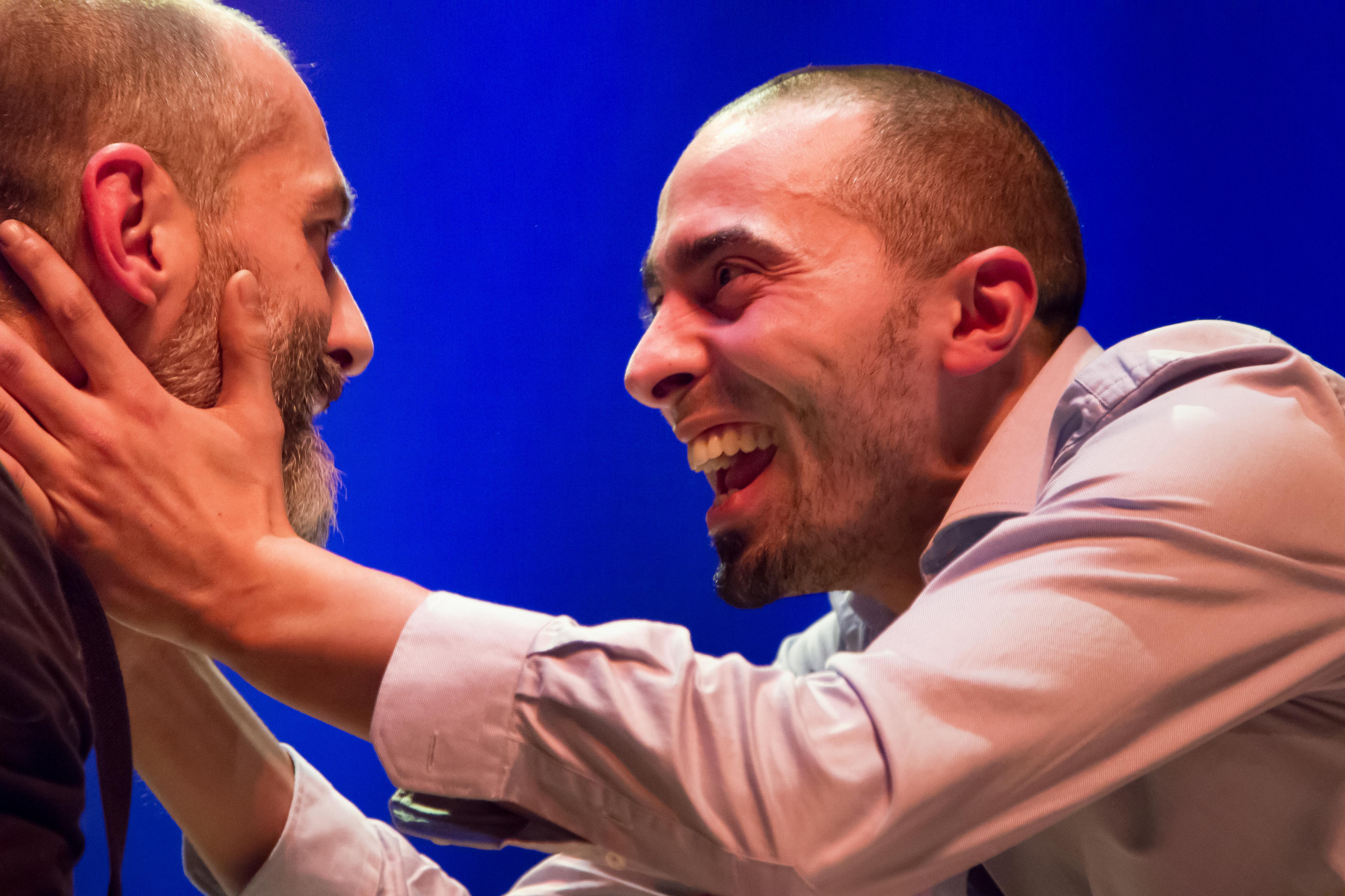 Frances Beir regarding soufi, mon amour » : quand le théâtre nous fait tourner la tête